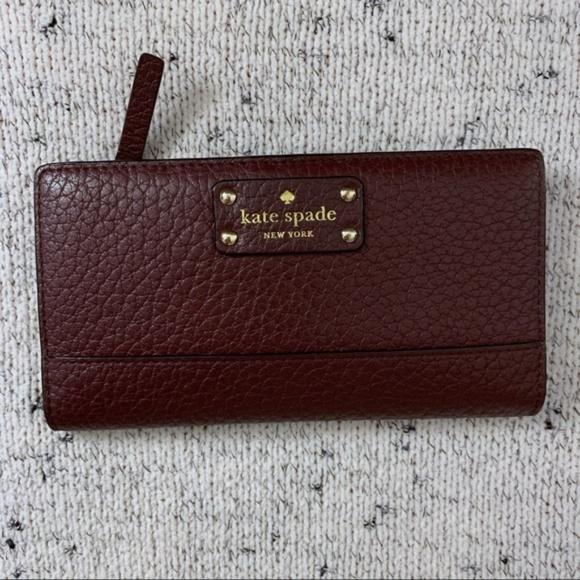 kate spade Handbags - EUC Kate Spade Bay Street Stacy Wallet